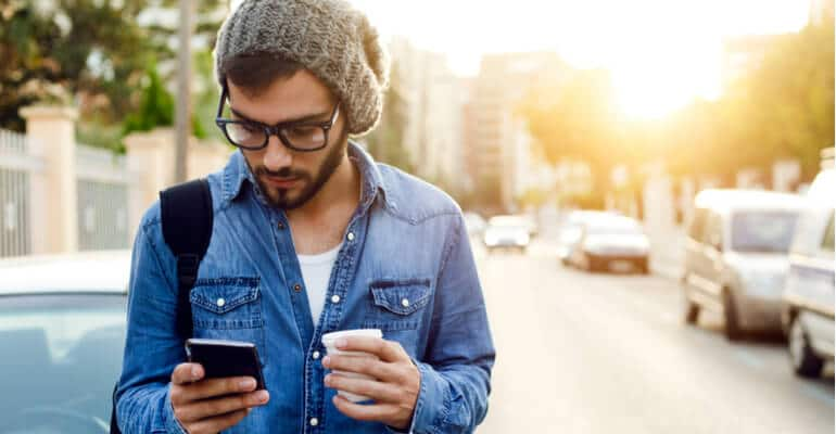 Steeds meer websitebezoekers afkomstig van mobiel